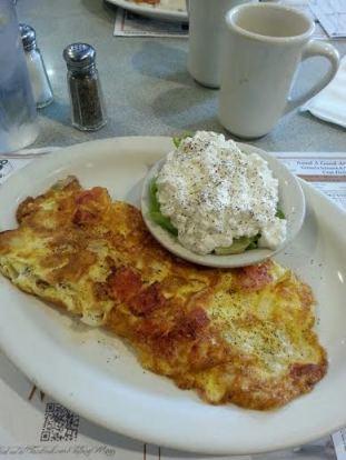 tomato onion omelette