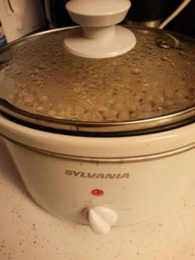 White beans in white crock pot
